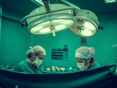 operating room with doctors